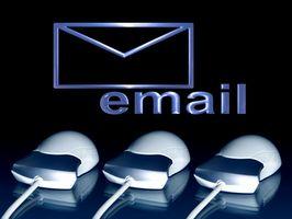Cómo quitar Outlook 2003 desde un servidor de Microsoft Exchange