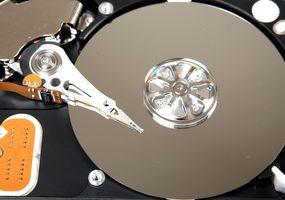 ¿Qué es un disco duro SCSI y RAID?