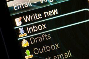 Cómo enviar correo electrónico a otro archivo de datos en Outlook 2007