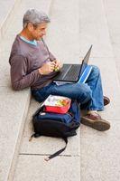 Cómo acceder a su ordenador de casa desde un ordenador portátil