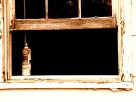 Cómo quitar Windows pintado con pintura de plomo