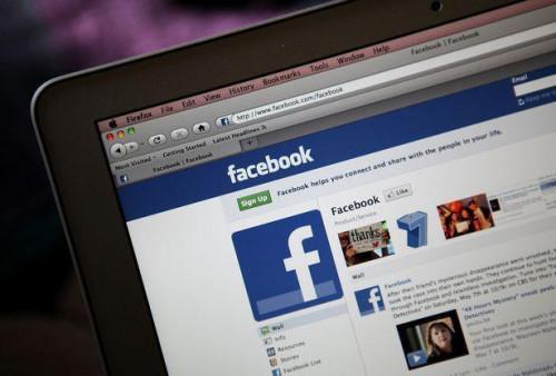 Cómo insertar insignias de Facebook en las firmas de correo electrónico de Entourage