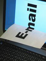 Cómo agregar una lista de direcciones de correo electrónico bloqueados en Outlook
