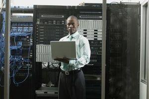 Cómo Reenviar solicitudes BOOTP a través de las redes