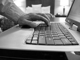Cómo encontrar una señal de conexión inalámbrica a Internet