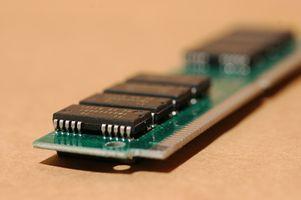 Cómo cambiar los MHz del RAM en la BIOS