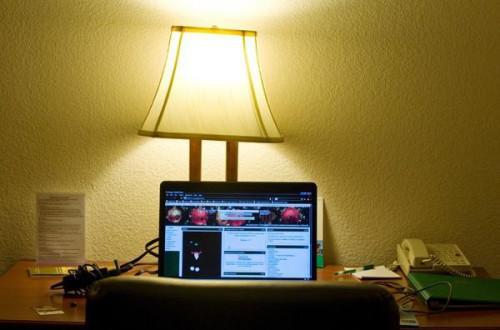 ¿Qué se necesita para usar Internet inalámbrico en un ordenador portátil?