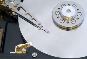 Cómo cambiar los discos duros en un MacBook Pro